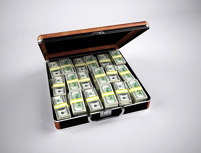 公的年金で損をする人・得をする人はどういう人か。6つのポイントを紹介する。